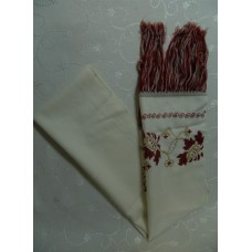 Рушник белый с красной вышивкой