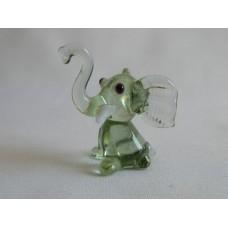 Статуэтка стекло Слоненок зеленый