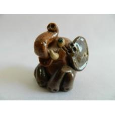 Статуэтка керамика Слон коричневый сидит