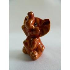 Статуэтка керамика Слоненок коричневый сидит