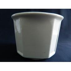 Декоративное кашпо белое керамика