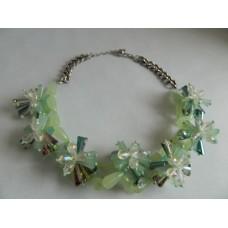 Ожерелье салатовое